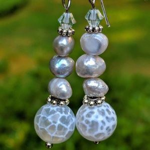 Swarovski crystals with white freshwater pearls
